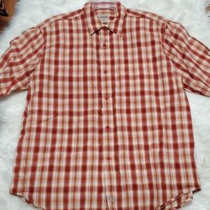LIKE NEW MENS GUESS BUTTON UP SHIRT